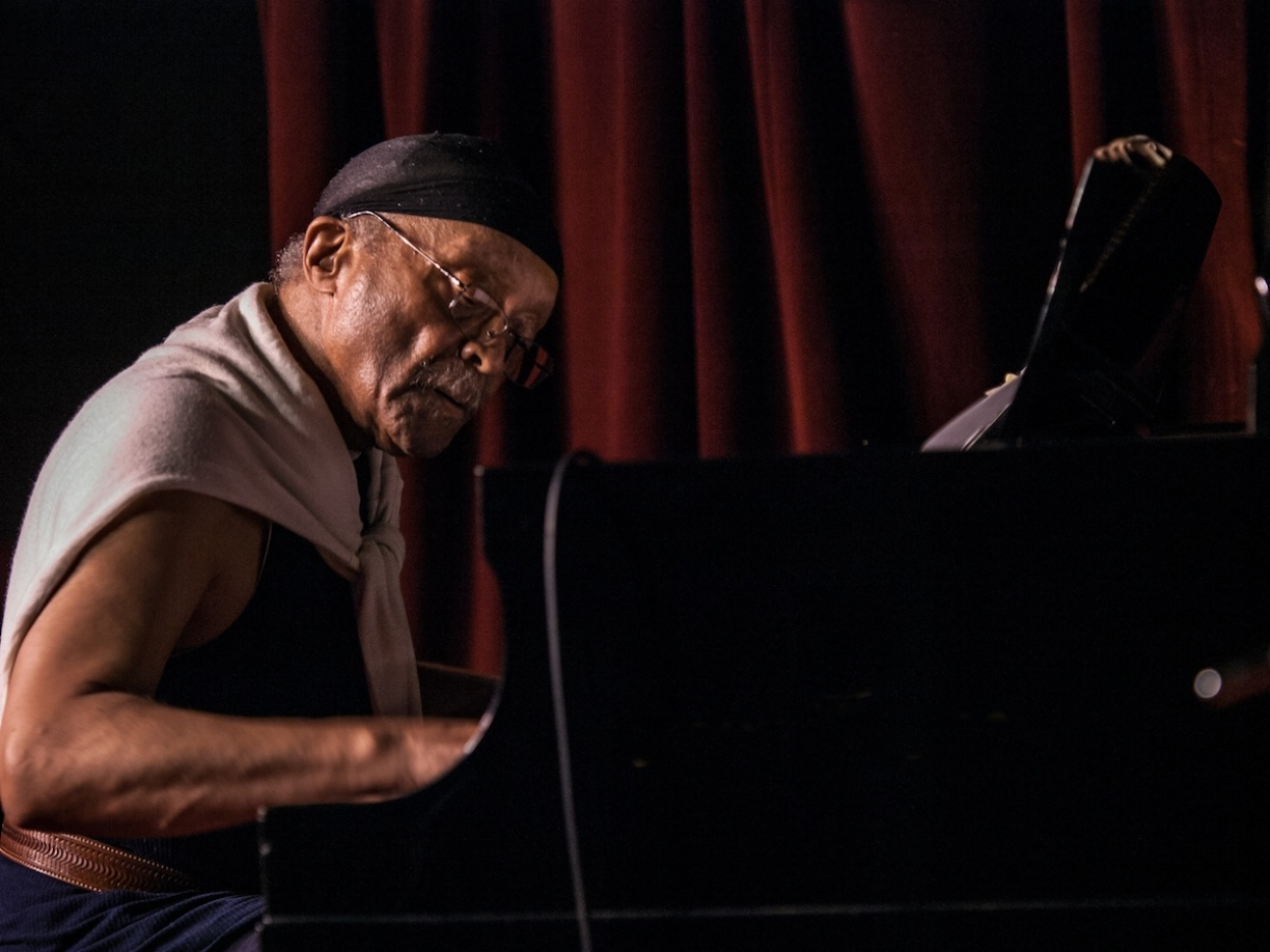 Cecil Taylor by Peter Gannushkin downtownmusic.net