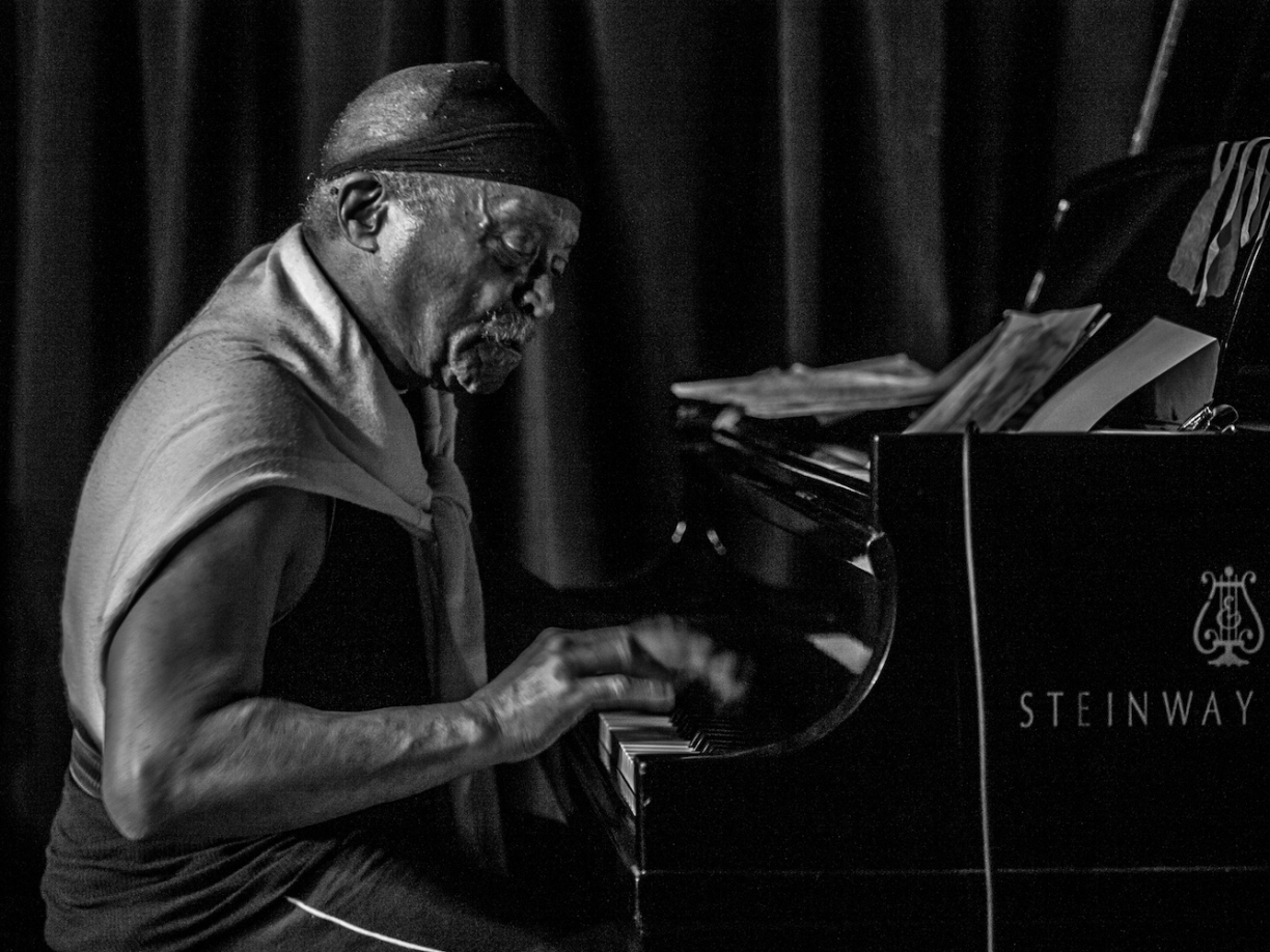 Cecil Taylor by Peter Gannushkin, downtownmusic.net